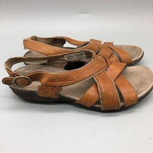 Merrell tan leather criss-cross braided sandals